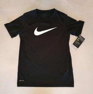 NWT Boys Large Nike Dri-Fit short sleeve tee